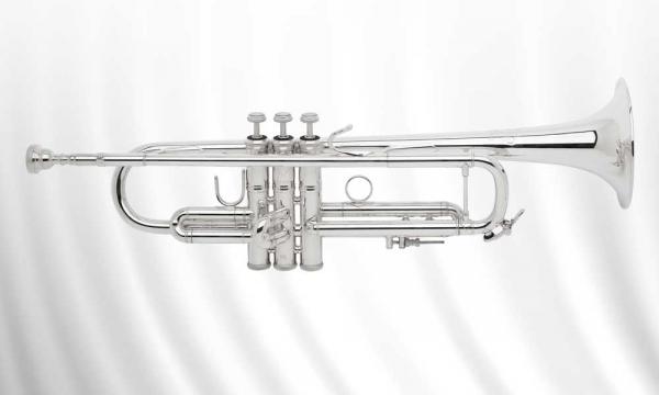 Bach_Trompete_706432_438_LR180S_43_Stradivarius.jpg