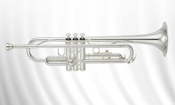 Yamaha_Trompete_YTR2330S.jpg